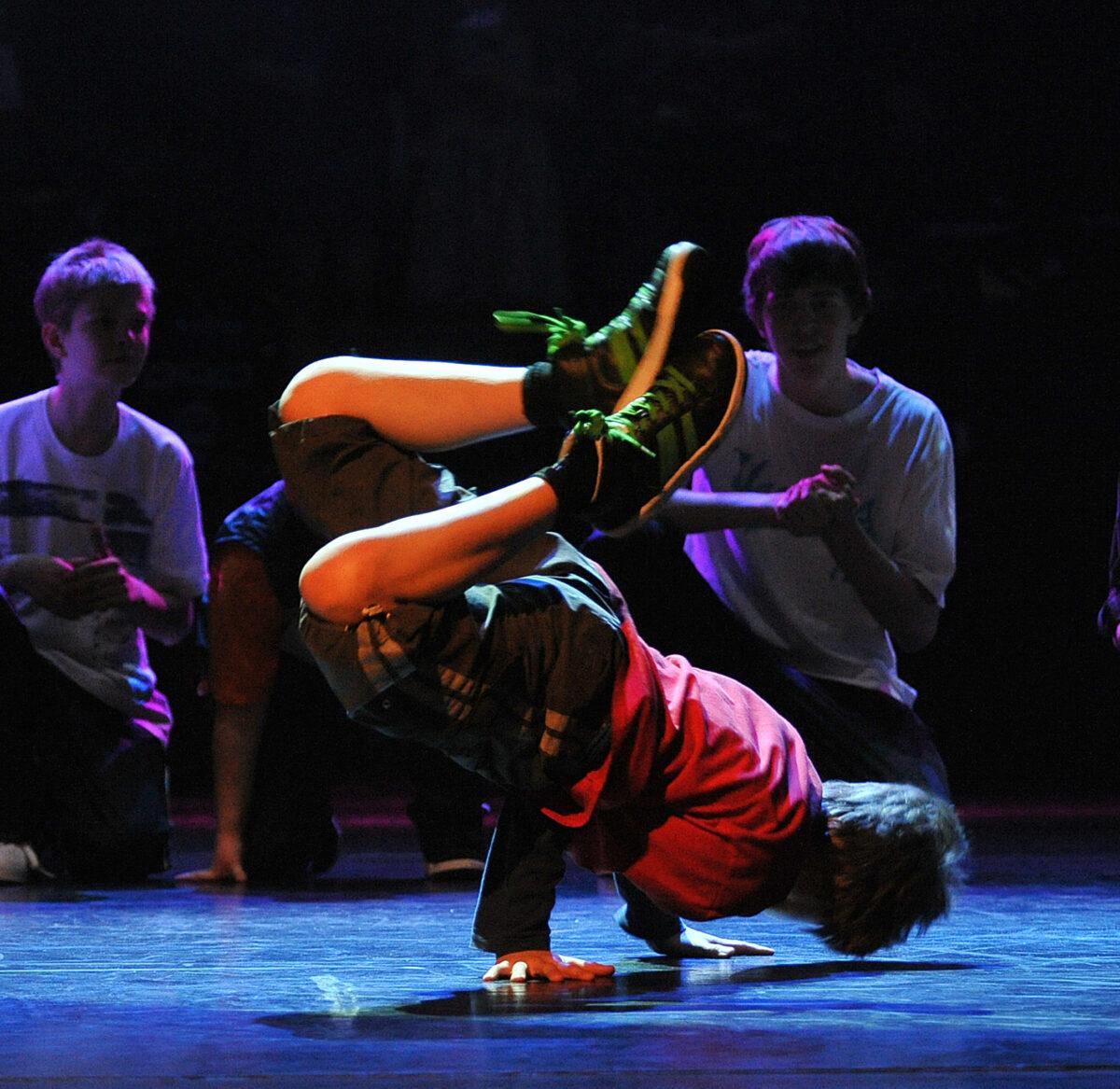 pokaz grupy breakdance