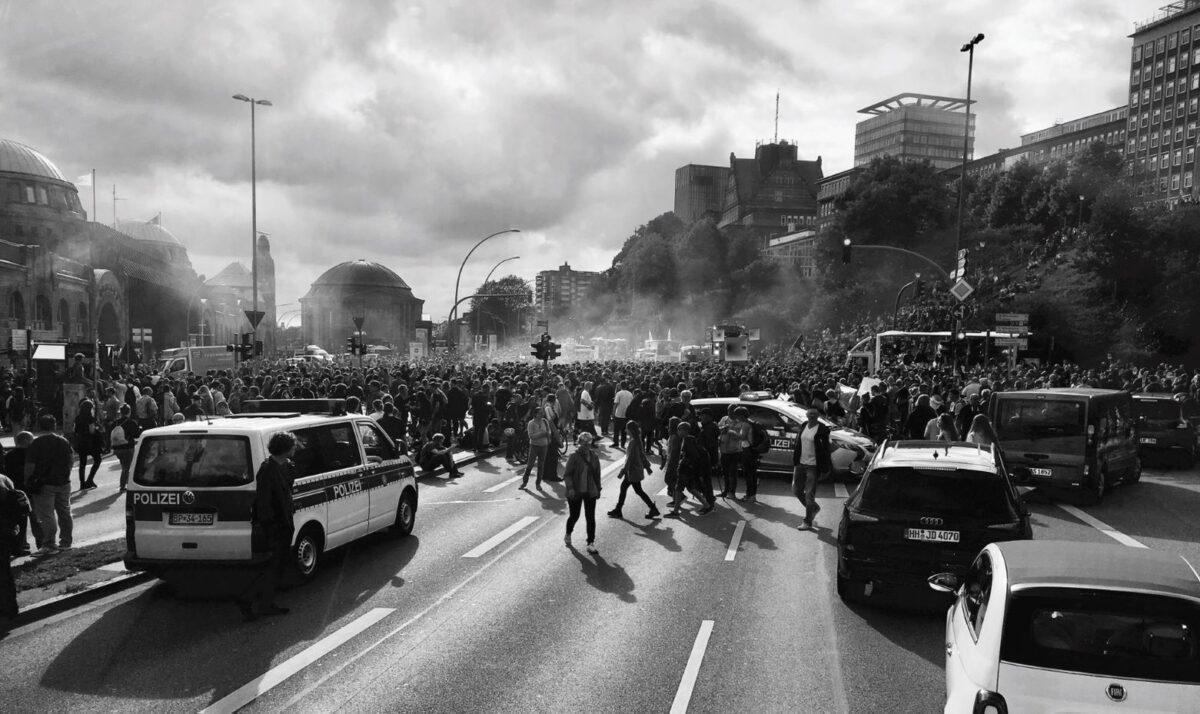 Demonstracja na ulicy